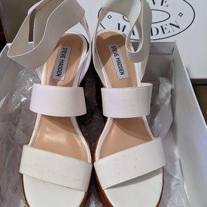 Steve Madden Wedge Heel Sandals (WHITE) SIZE 8 1/